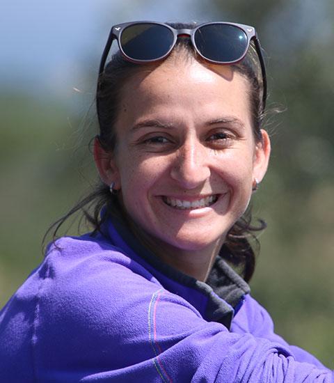 Nadia de Souza - Field Biologist