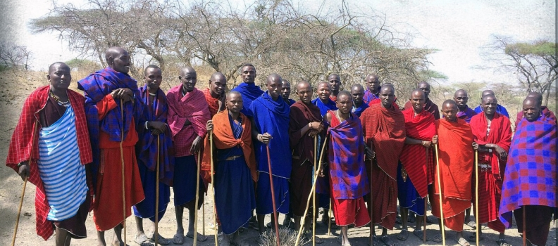 Murrans in the Ngorongoro Conservation Area (NCA) turn up en masse for a chance to become a Lion Guardian!